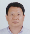 This is Prof. Sung Dong Kis photo.